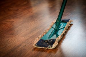 15 Best Mops for Laminate Floors - The Ultimate Buyer's Guide and Reviews