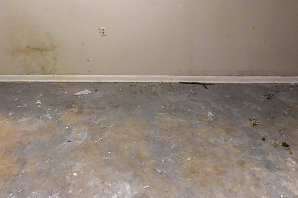 How to Clean a Garage Floor After Winter