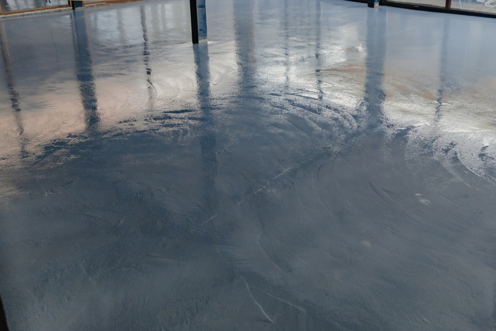 How To Get The Shine Back On An Epoxy Floor